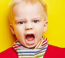 bambino aggressivo2