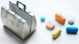 Medicine da portare in viaggio: i consigli del medico