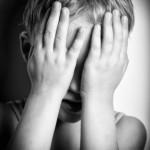 bambino paura estraneo